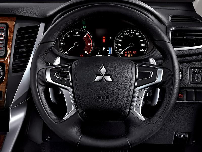 Spesifikasi Mitsubishi Pajero Sport Harga Mitsubishi Mobilku